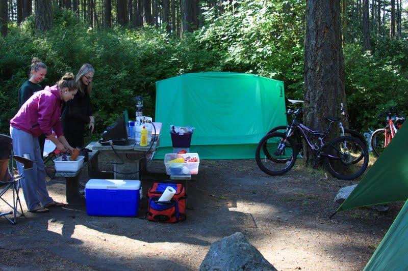camp-food-setup.jpg