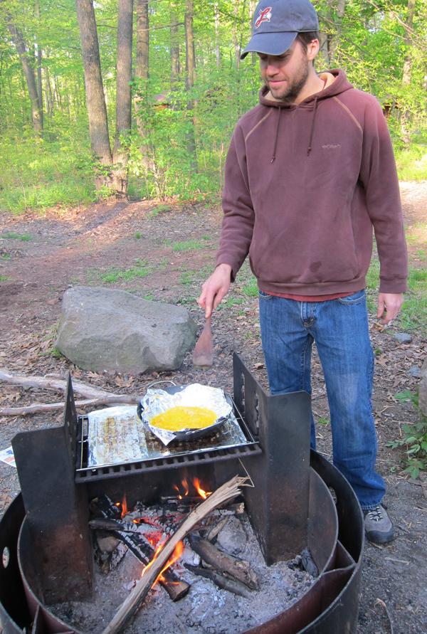 man-on-cap-cooking.jpg