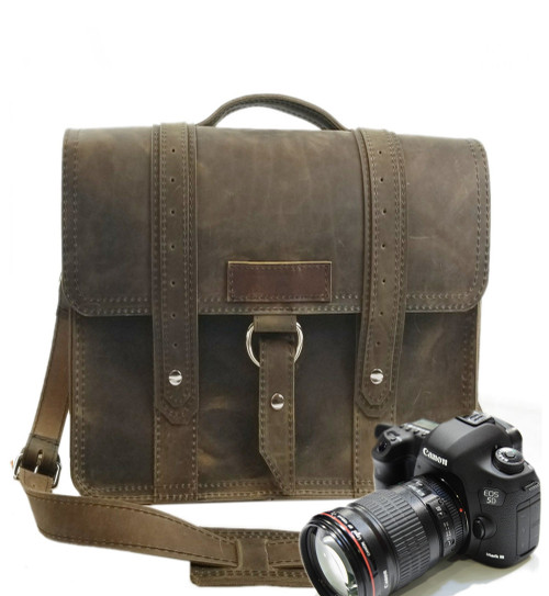 "10"" Small Napa Voyager Camera Bag in Distressed Oil Tanned Leather"