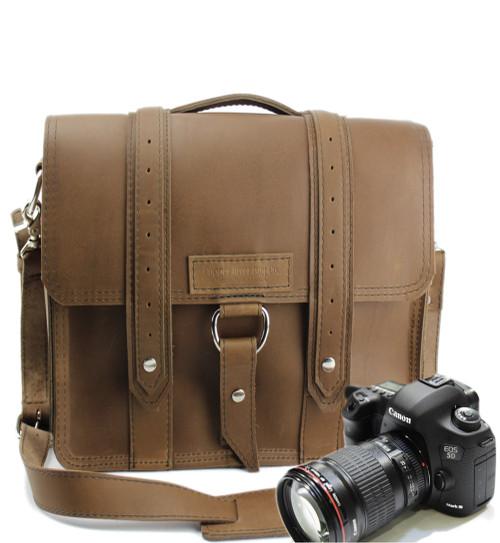 "10"" Small Safari Napa Voyager  Camera Bag in Brown Oil Tanned Leather"