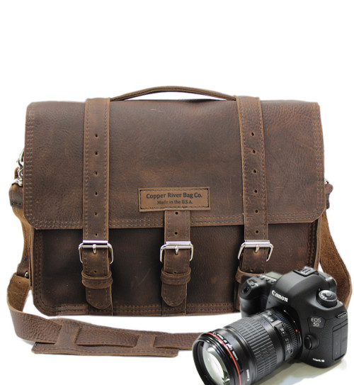"14"" Medium BuckHorn Camera Bag in Chocolate Grizzly Leather"