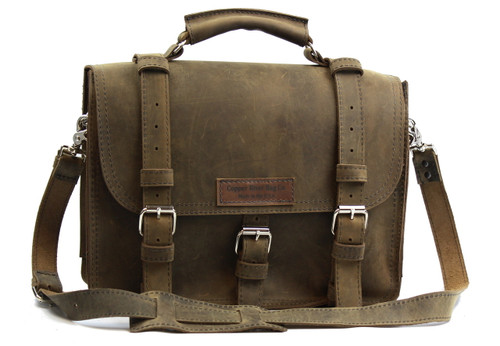 """17"""" X-Large Lincoln Classic Leather Briefcase in Distressed Tan Leather / Lined with Suede"""