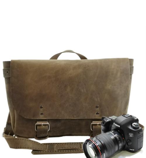 "14"" Medium Lewis & Clark Camera Bag in Distressed Tan Oil Tanned Leather"