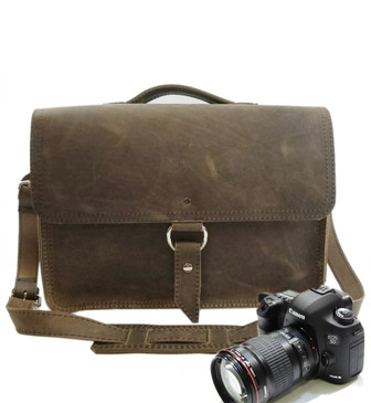 "15"" Large Midtown Sonoma Camera Bag in Distressed Tan Oil Tanned Leather"