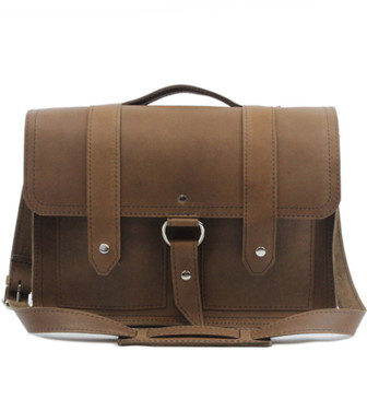 """15"""" Large Classic Alpine Briefcase in Brown Oil Tanned Leather"""