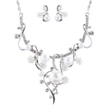 Bridal Wedding Jewelry Crystal Rhinestone Pearl Gorgeous Necklace Set J684 SV