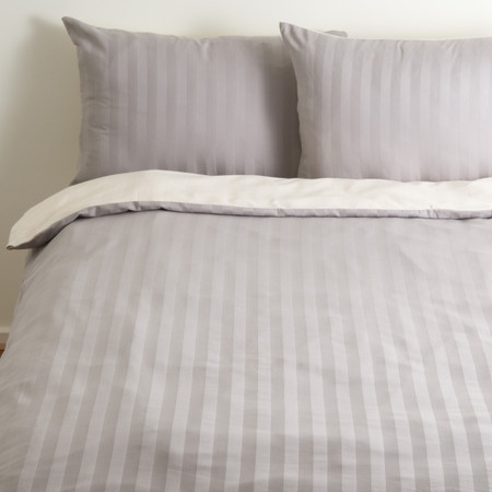 organic cotton satin quilt cover, grey-creme, reversible, whole bed, dark up