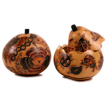 "Gourd Box - Floral/Insect Designs 5"" Peruvian Folk Art"