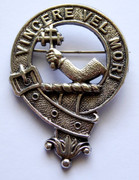 Antique Scottish Clan MacDowall Vincere Vel Mori Brooch