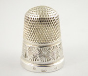 Antique 1911 Hallmarked Sterling Silver Sewing Thimble