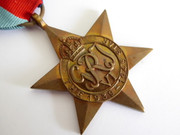 Original Issued Unnamed WW2 Commonwealth Military 1939 - 1945 Star Medal with Ribbon