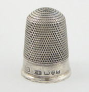 Antique 1911 Hallmarked Sterling Silver Sewing Thimble 5 Silversmith Charles Horner Dents