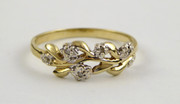 Vintage  9ct Gold Ring Leaf Pattern with Diamond Chips Size K 1/2