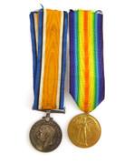 Original  WW1 Pair of  War Medal 76738 A SJT GNR G H Oakes RA