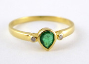 Vintage  Hallmarked 18ct Gold Ring Set with Emerald & Diamonds Size K 1/2  $245au