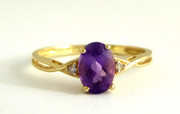 9ct Gold Ring Set with Amethyst & Diamonds Size M