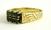 8ct 333 Continental Gold Ring Set with Green Gem Stones  Size N
