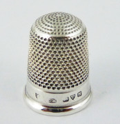Antique 1917 Hallmarked Sterling Silver Sewing Thimble 4 Silversmith Charles Horner