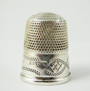 Antique 1909 Hallmarked Sterling Silver Sewing Thimble 5 Silversmith Charles Horner