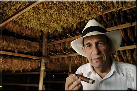 Cuban Crafters Cigars - How a Cigar is Made