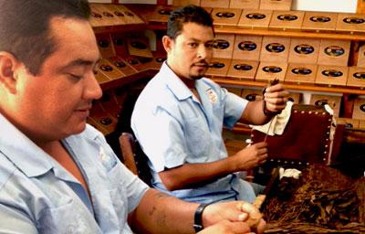 turks-caicos-store-roller-table-2-400x256.jpg
