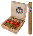 NATIONAL GUARD GIFTS MILITARY GIFT SALUTE TO ARMS - 25 CHURCHILL PREMIUM CIGARS IN CEDAR BOX