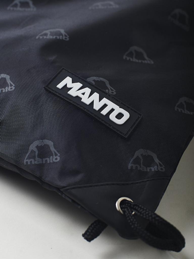 "MANTO ""EMBLEM"" DRAWSTRING BAG Black"