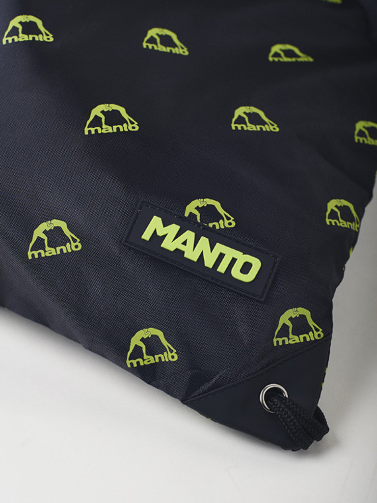 "MANTO ""EMBLEM"" DRAWSTRING BAG Black/Green"