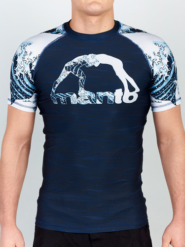 "MANTO ""WAVES"" RASHGUARD 2.0 Short Slv"