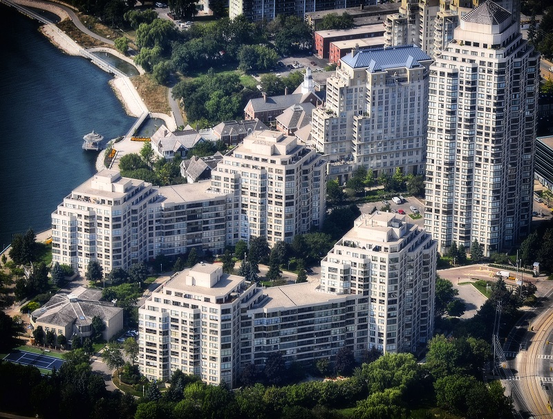 residences_aerial_mdr1b.jpg