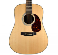 Martin HD-28 Acoustic Guitar - Rosewood Back & Sides