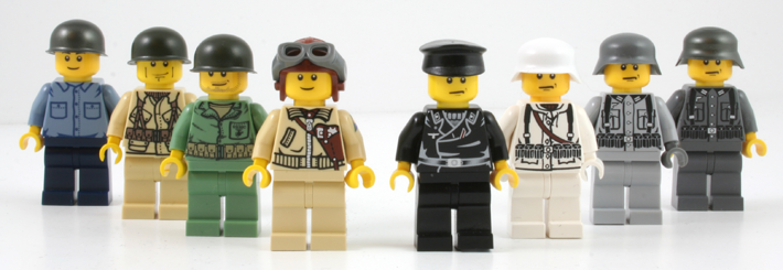 minifigscomposite710.png