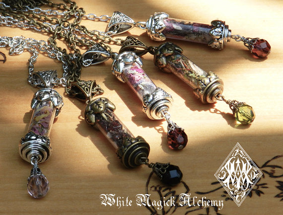 magic-charms-talismans-amulets-witchcraft-hoodoo.jpg