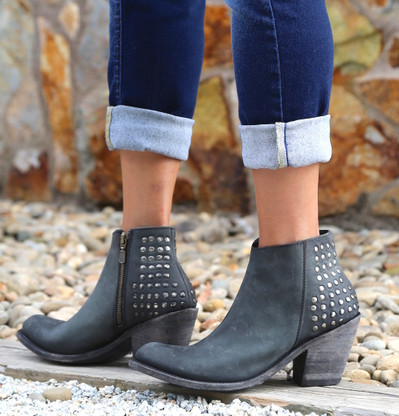 Liberty Black America Negro Distressed Studded Boot LB71236 Picture
