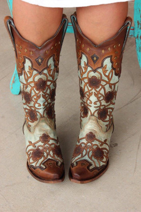 Corral Mint Maple Flowers Overlay and Studs C3176 Front Picture
