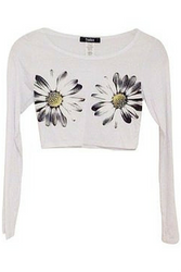 Boutique Tee from TOSKA! Long Sleeve Daisy Crop Top! White.