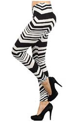Chevron Leggings in Black & White!
