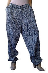 PLUS SIZE JOGGERS ARE BLACK & WHITE PRINTED WITH BLACK BANDED ANKLES! DIAMOND GEO PATTERN.