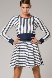 NORDSTROM'S QUALITY 100% Cotton Crop Top with Full Length Zipper Back! Blue & White Stripes.