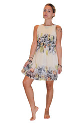 Fully Lined Floral Dress With Keyhole Back! Ivory.