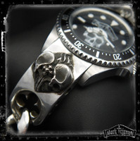 Dark Triumph Watch on Double Skull Heart Bracelet in Sterling Silver | HEART in RUINS