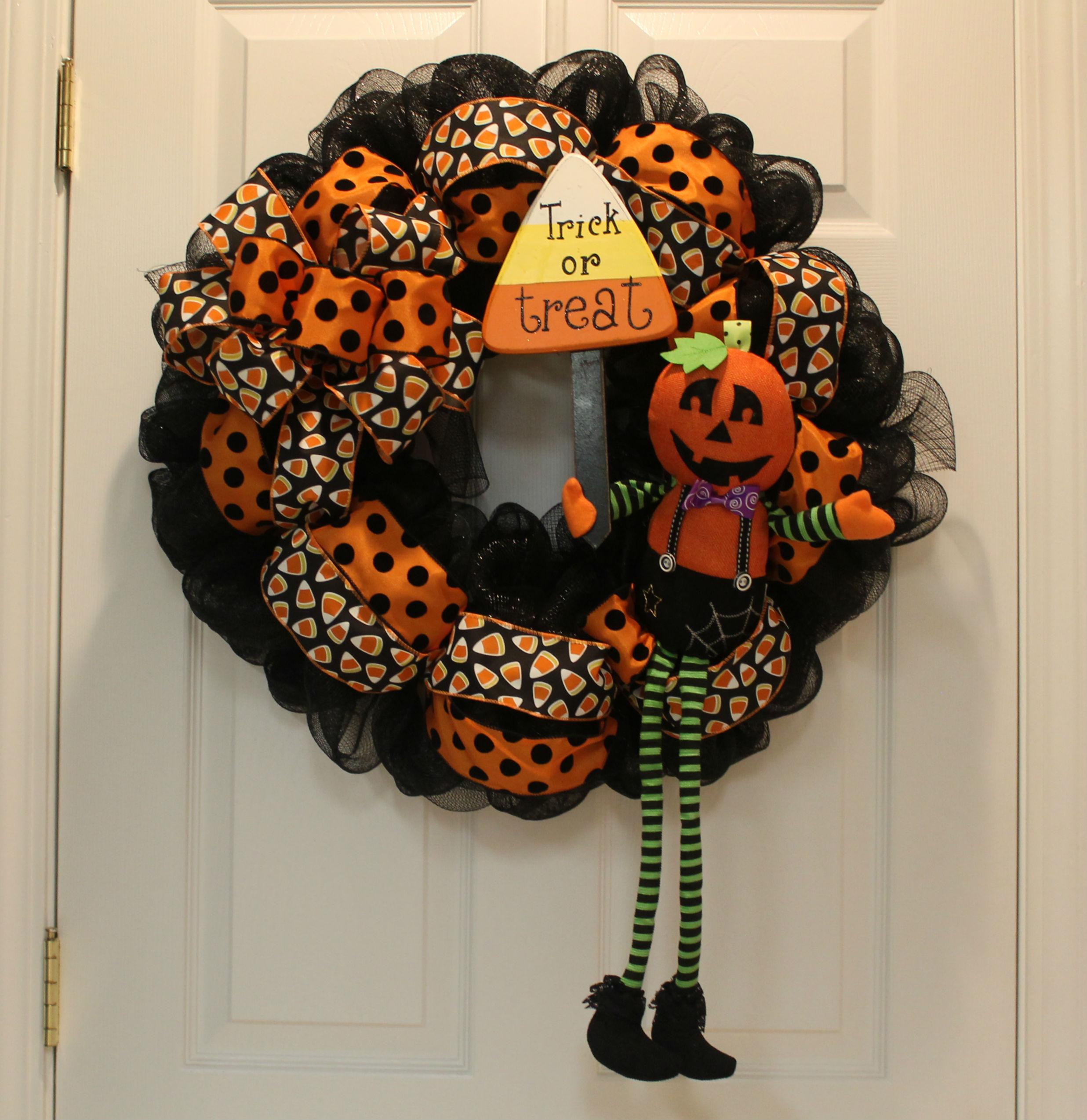 Diy Mesh Waving Jack O 39 Lantern Halloween Wreath The
