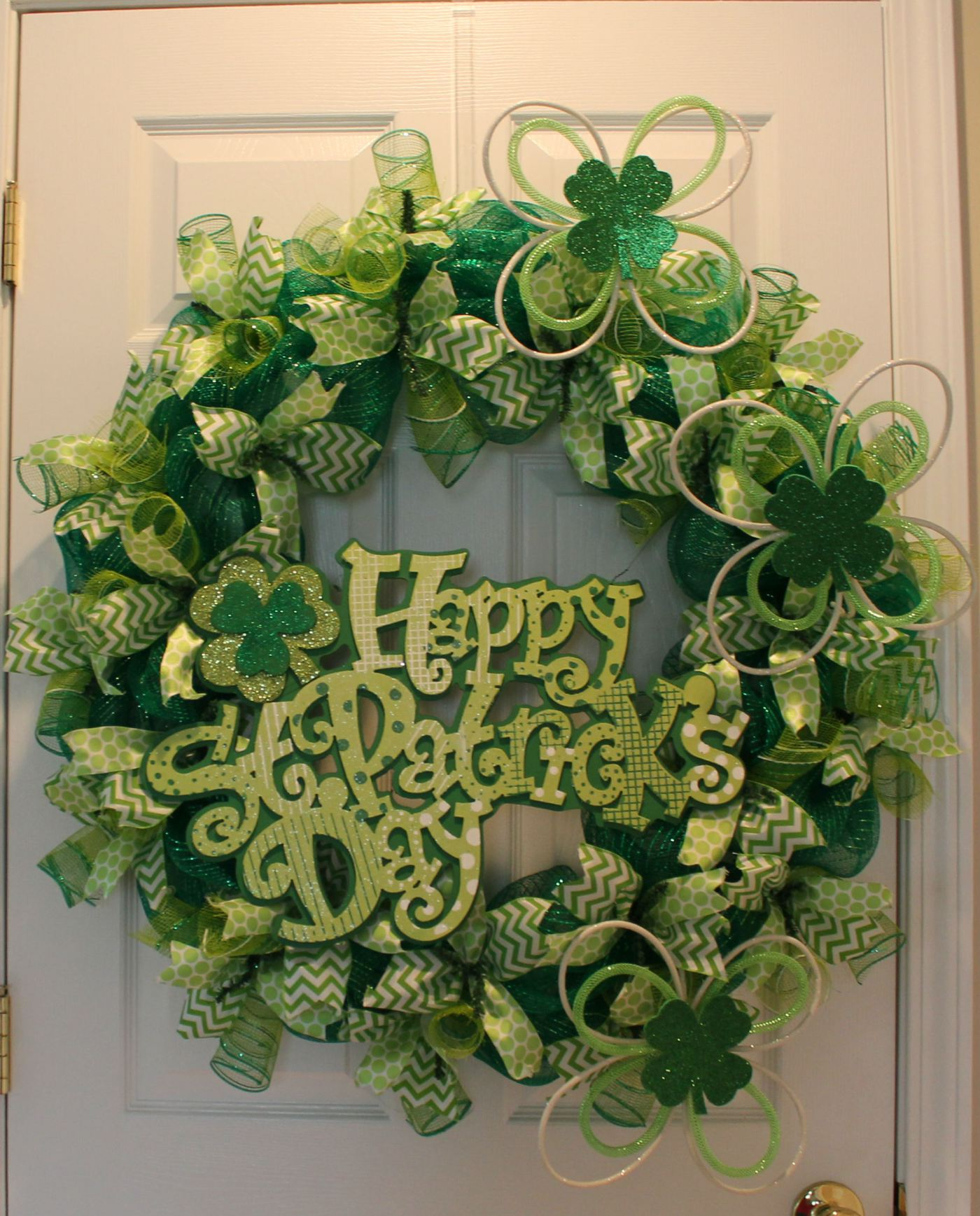 Diy Mesh St Patrick S Day Wreath The Wreath Depot