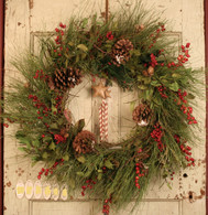 Evergreen And Berry Artificial Seasonal Wreath 22 in