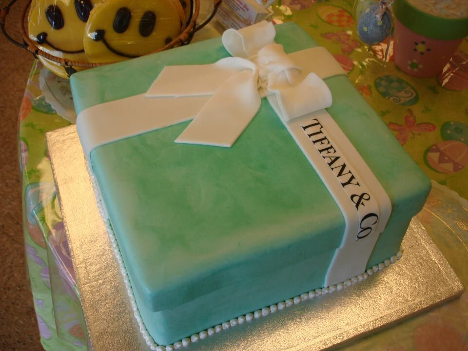 tiffany-box-cake.jpg