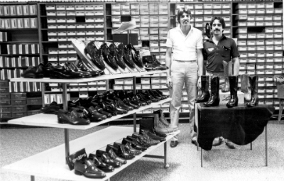 bennies-staff-cobb-store-1980-b.jpg
