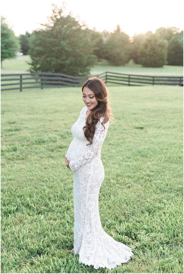 How to Plan a Wedding While Pregnant - MyWedStyle.com