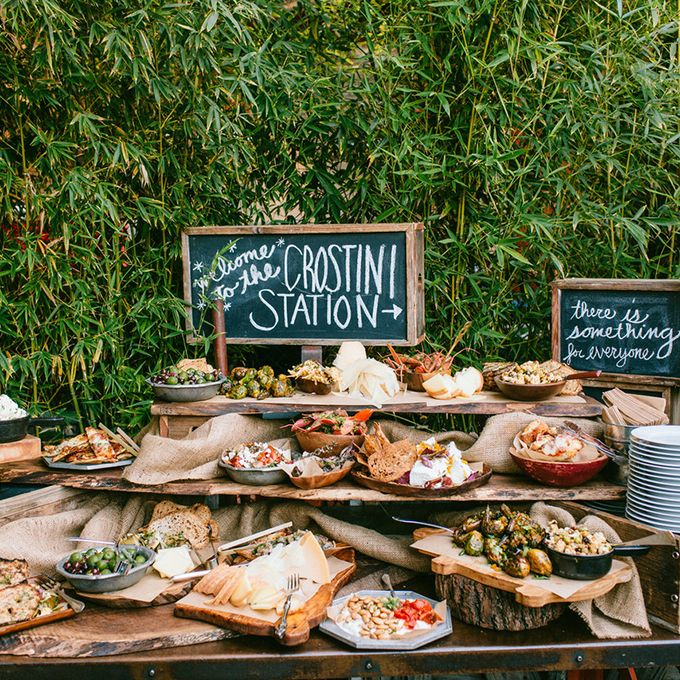 Our 8 favorite wedding trends for 2017 for Food bar t zone