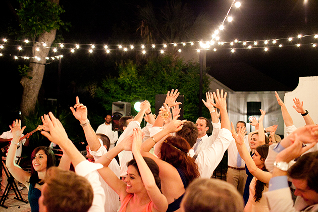 5 hot summer dance hits to rock at your wedding reception