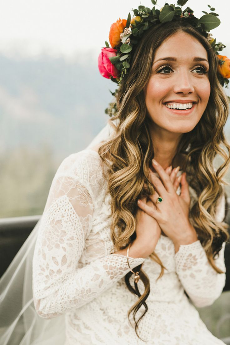 Wedding day bride hair ideas bohemiangt1508516827 7 tips for great wedding hair junglespirit Images